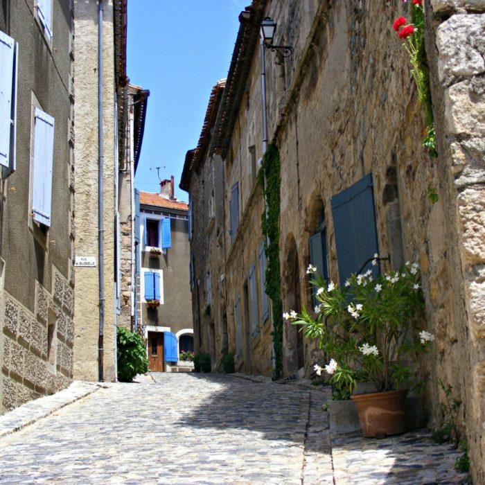 caunes-minervois-plus-beau-village-aude-carcassonne