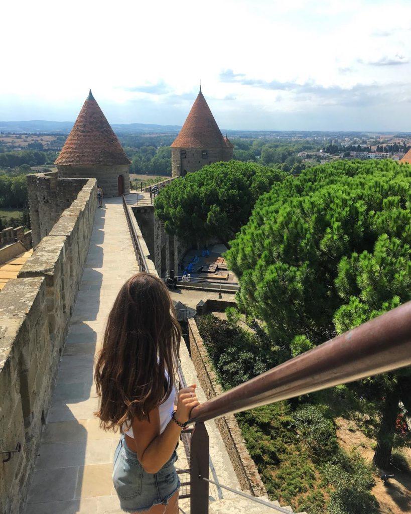 chateau et remparts de la cité medievale de carcassonne