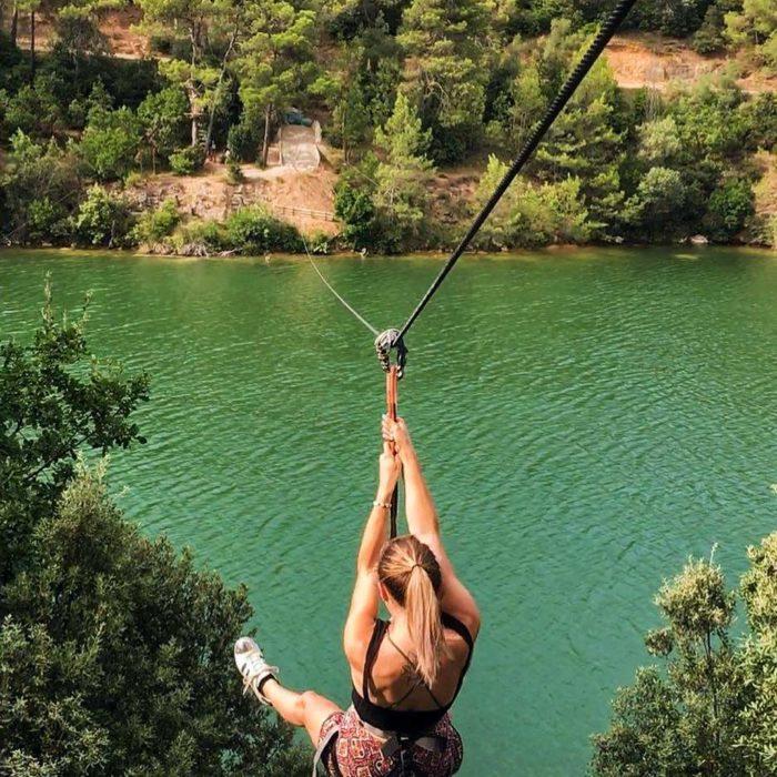 lac-de-la-cavayere-tyrolienne-accrobranche