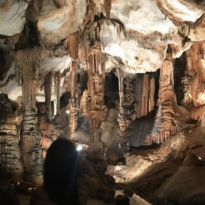 Visite de la grotte de Limousis près de Carcassonne dans l'Aude